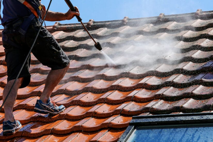 Photo of roof pressure cleaning